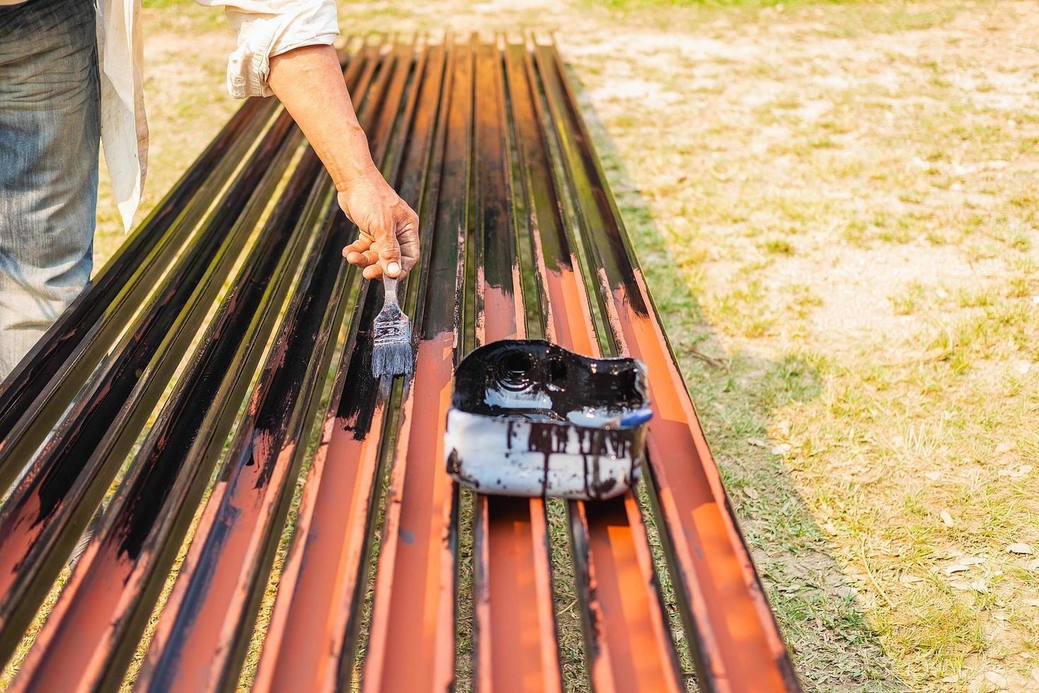 peinture de peintre en acier pour éviter la rouille photo