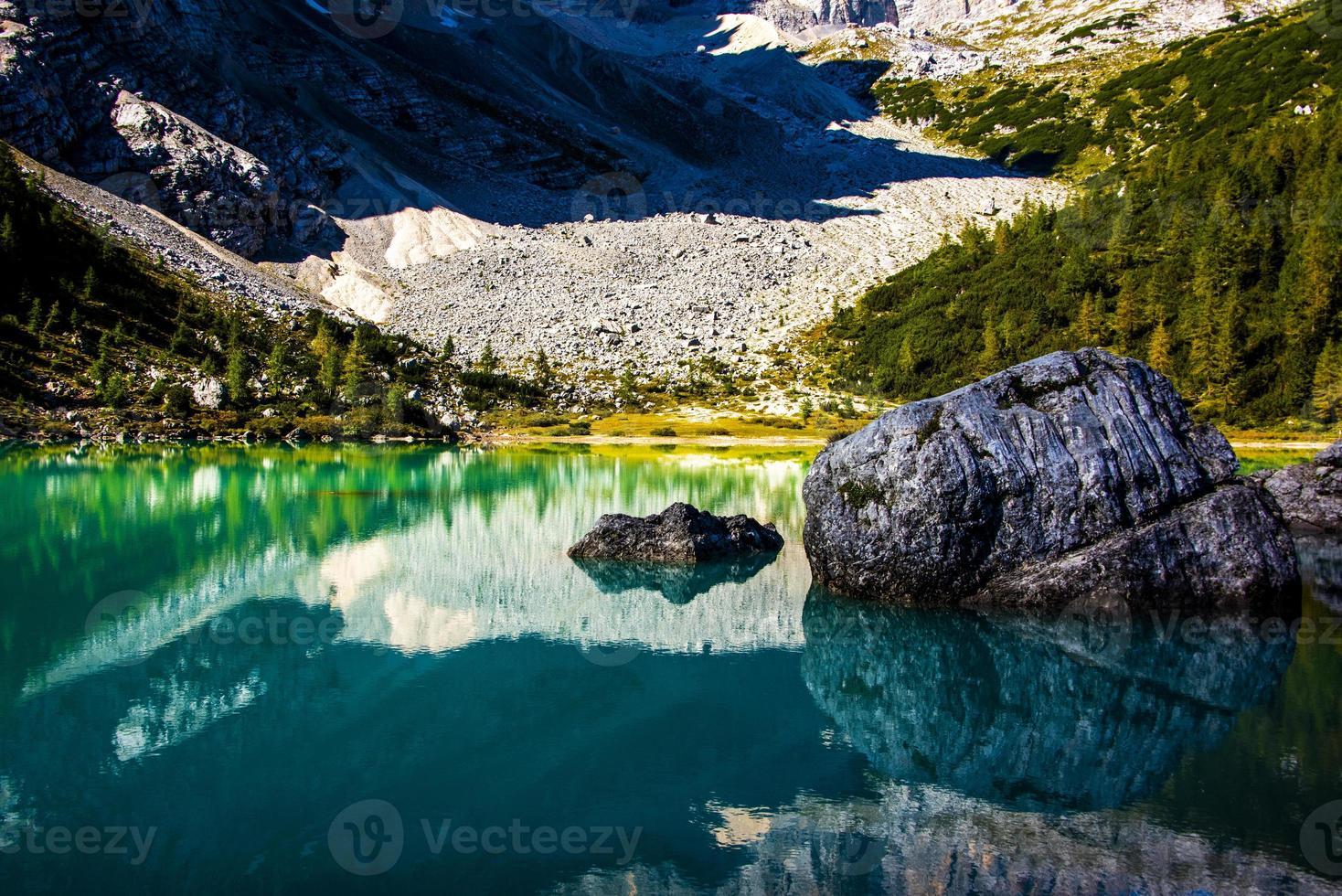 vue sur le lac de Sorapis photo