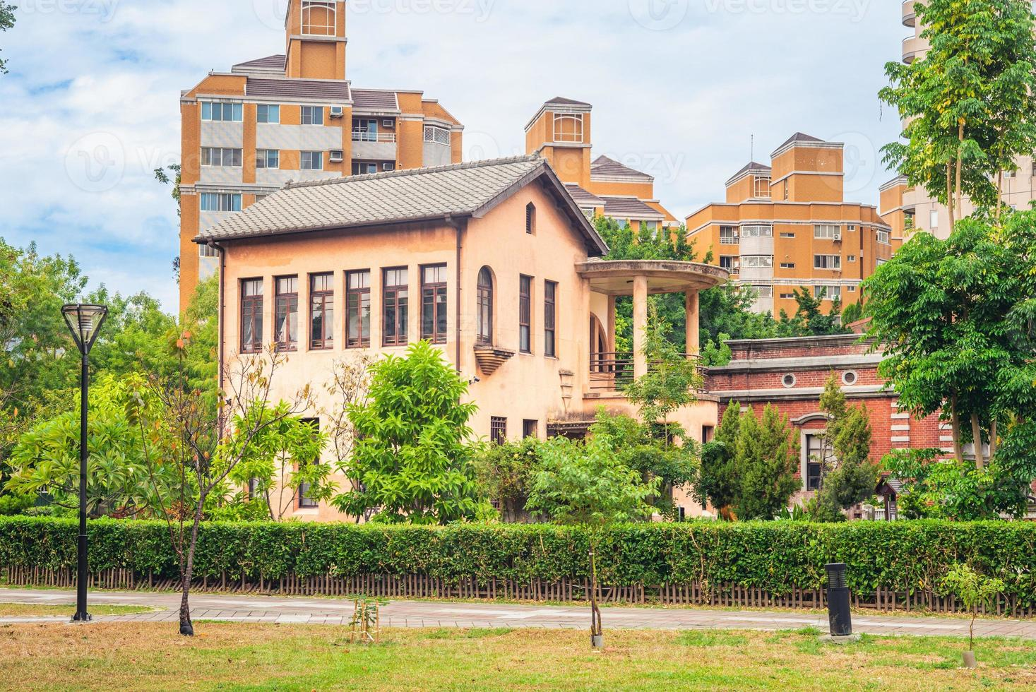 yide mansion, une ancienne résidence à taichung, taiwan photo