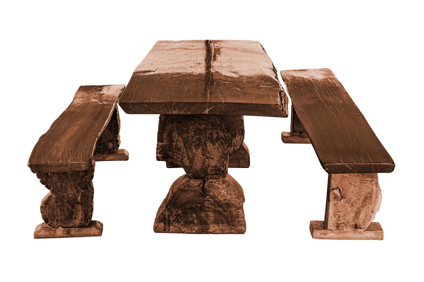 table de jardin avec bancs en bois isolated on white photo