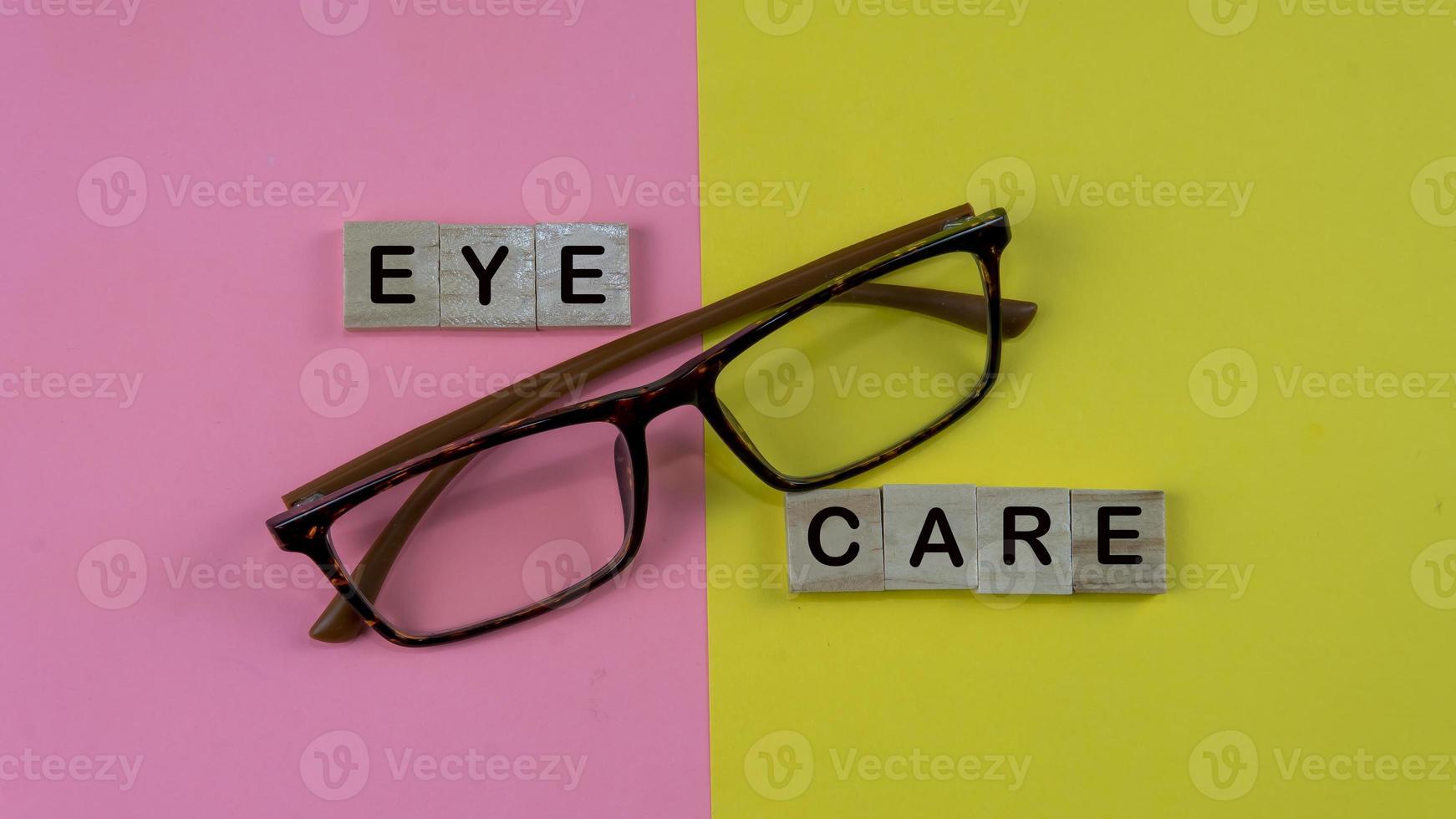 concept de soins oculaires de santé photo