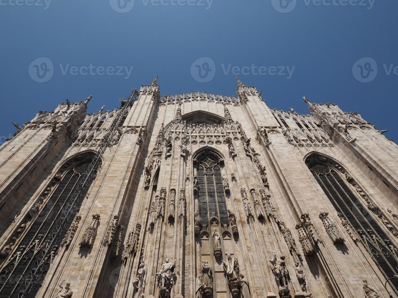 duomo signifiant cathédrale à milan photo