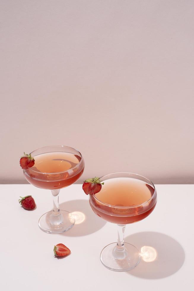 gros plan aliments cocktails grand verre photo