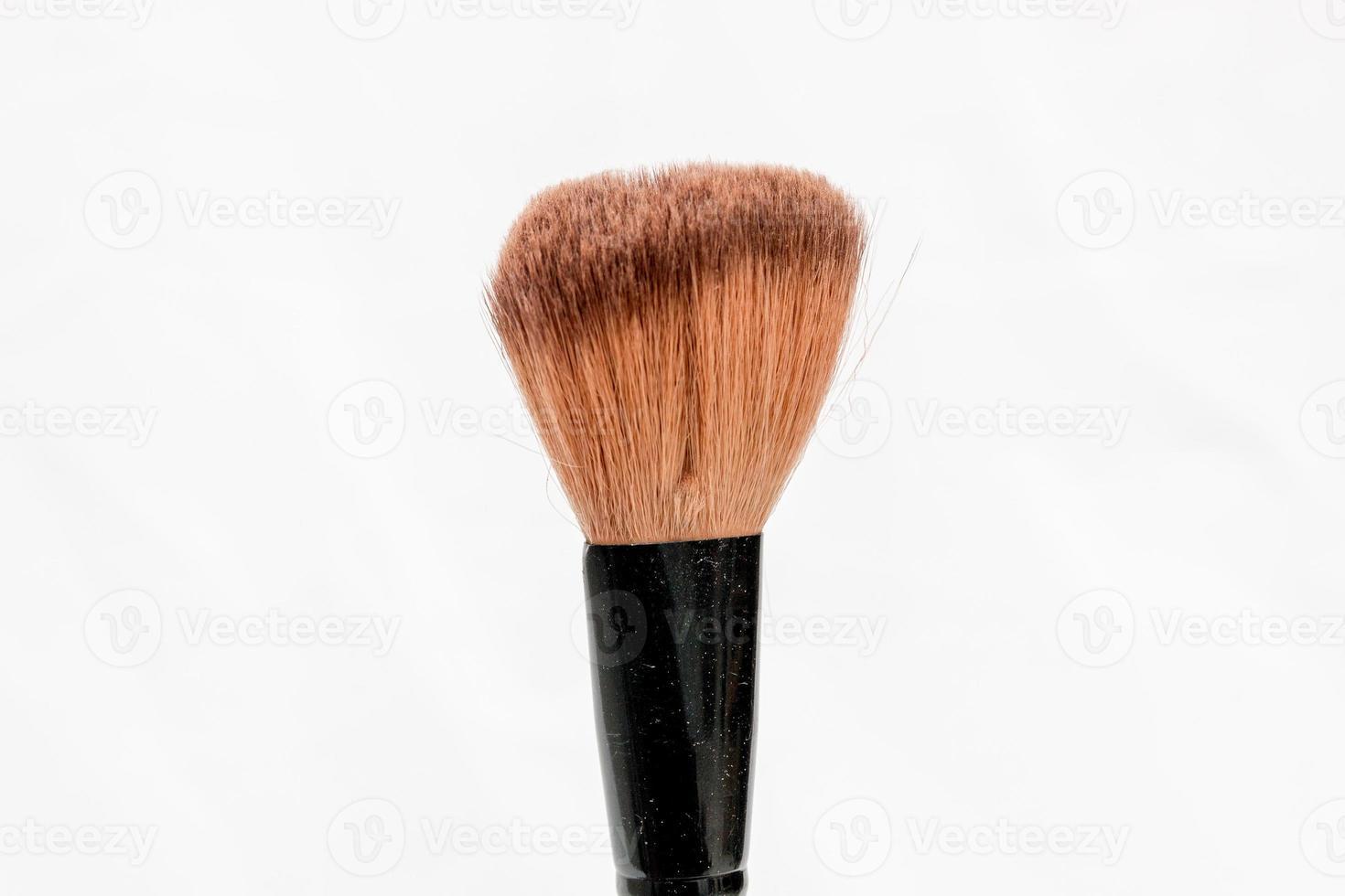 pinceau de maquillage avec un fond blanc à rio de janeiro, brésil photo