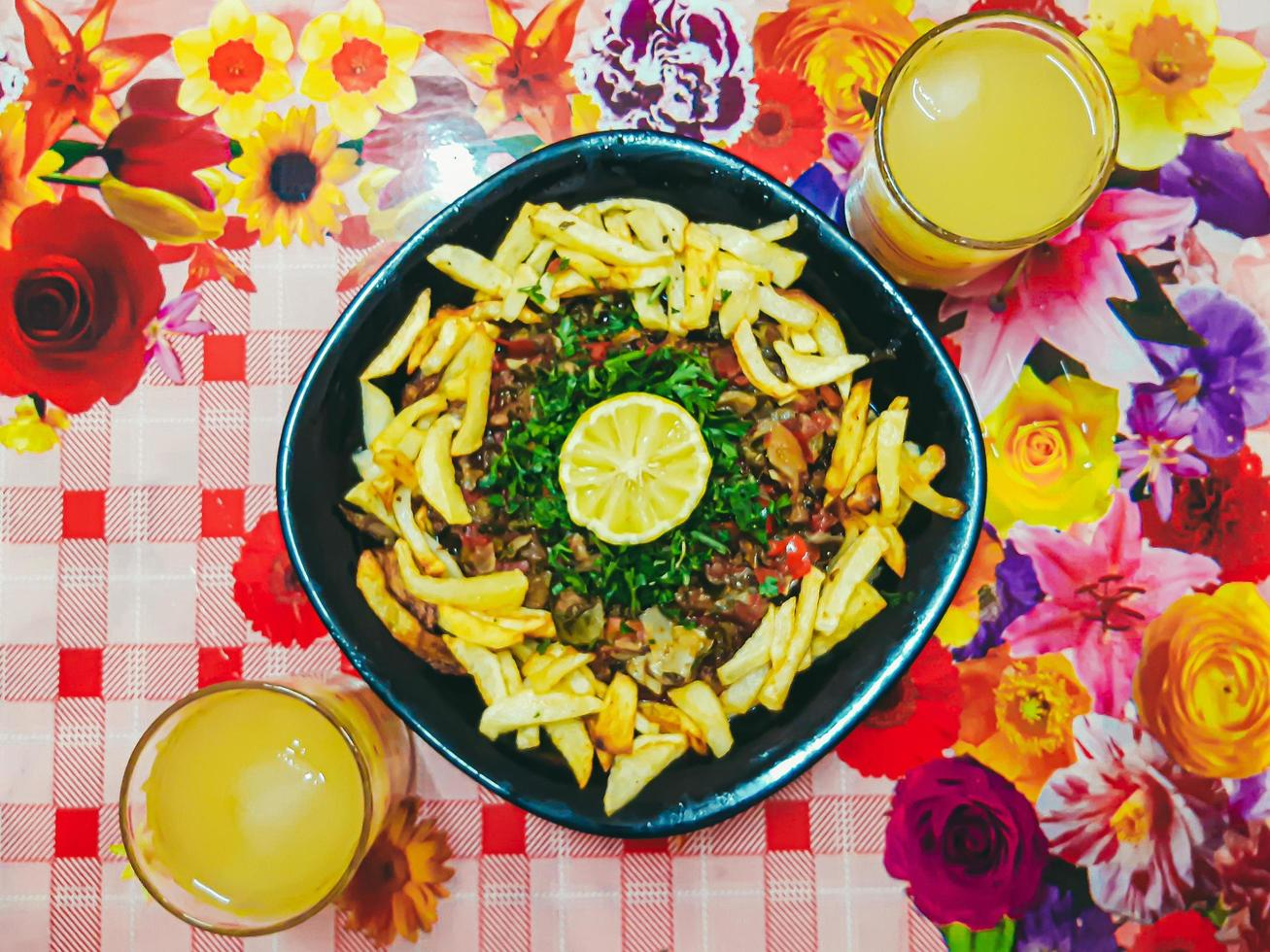 frites ou frites de pommes de terre à la crème sure photo