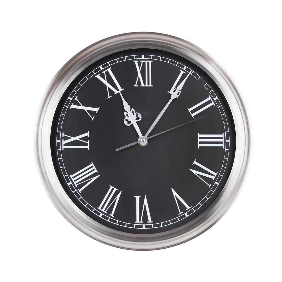 onze heures cinq minutes sur l'horloge photo