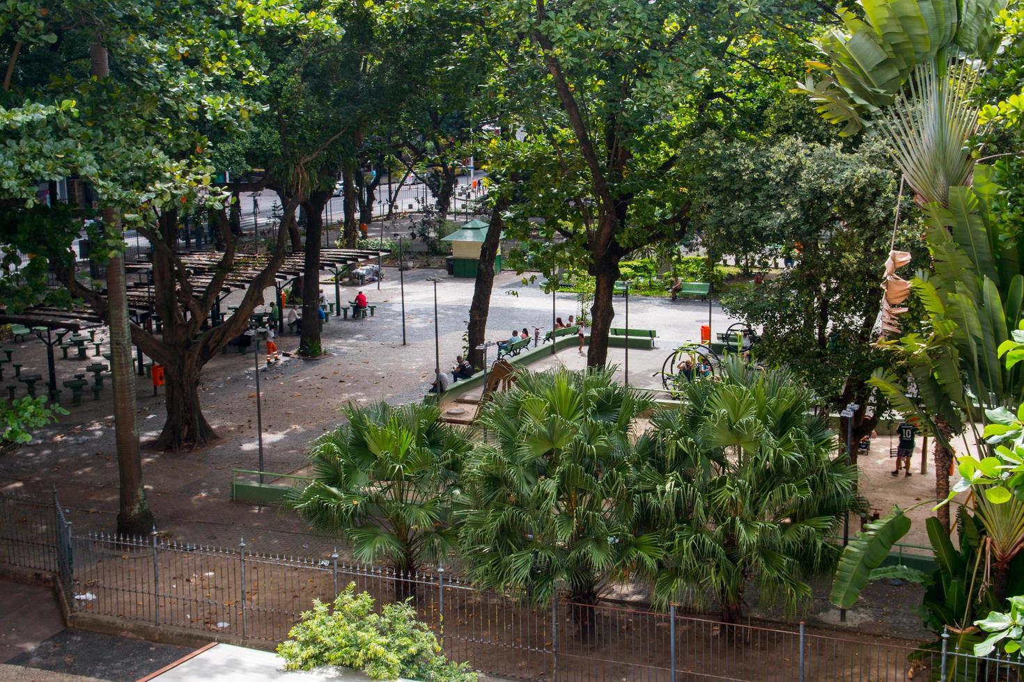 rio de janeiro, brésil, 2015 - place de la ceinture serzedelo à copacabana photo