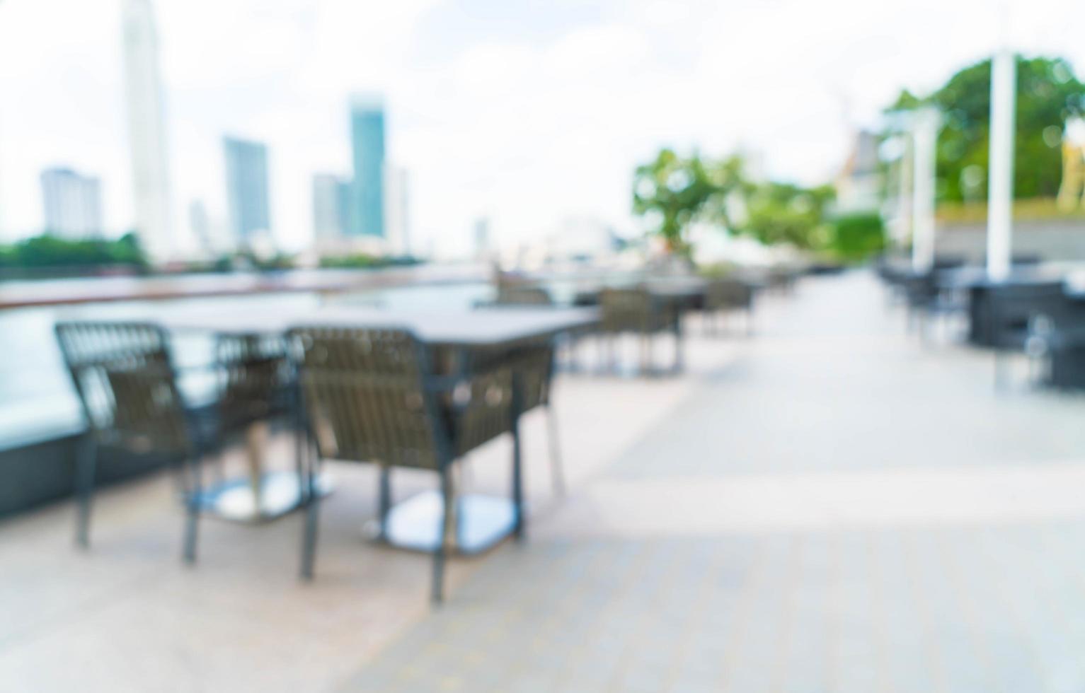 restaurant en plein air flou abstrait pour le fond photo