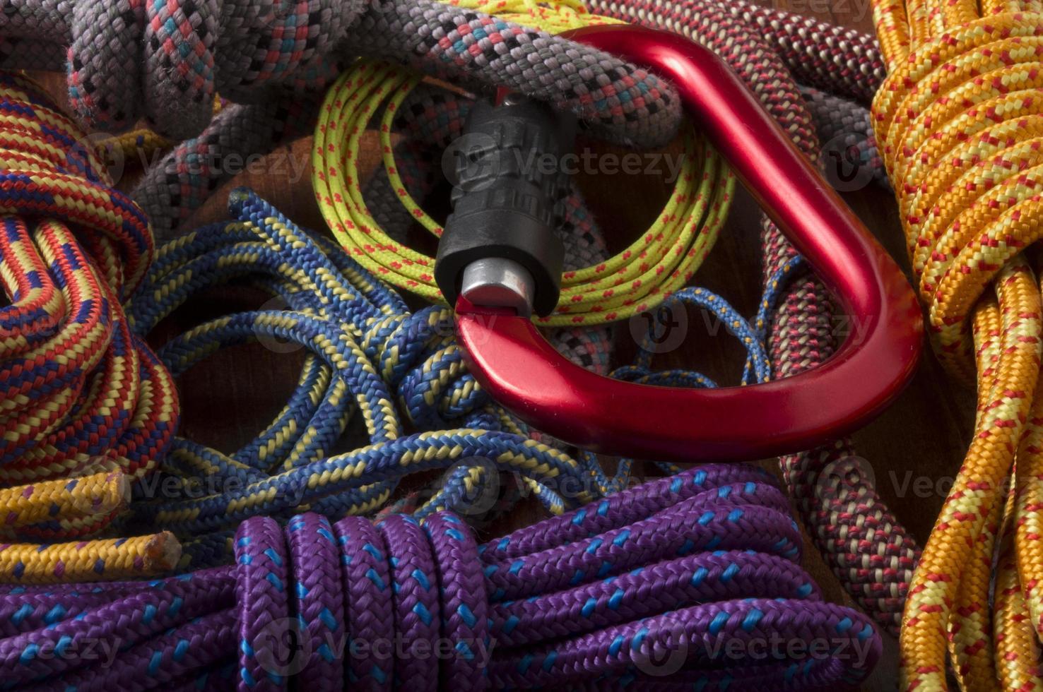 rock clibimng, mousqueton, roops photo