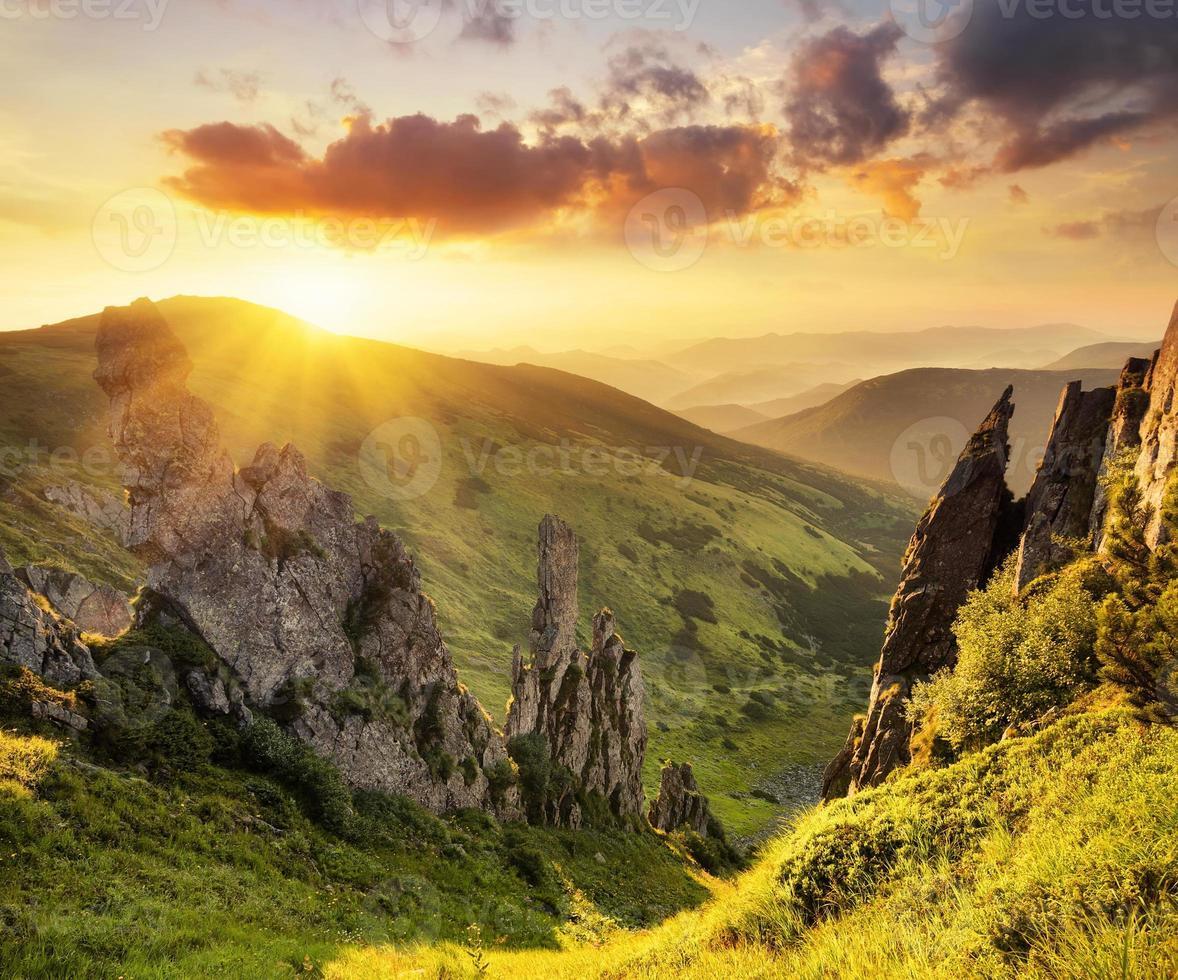 vallée de montagne photo