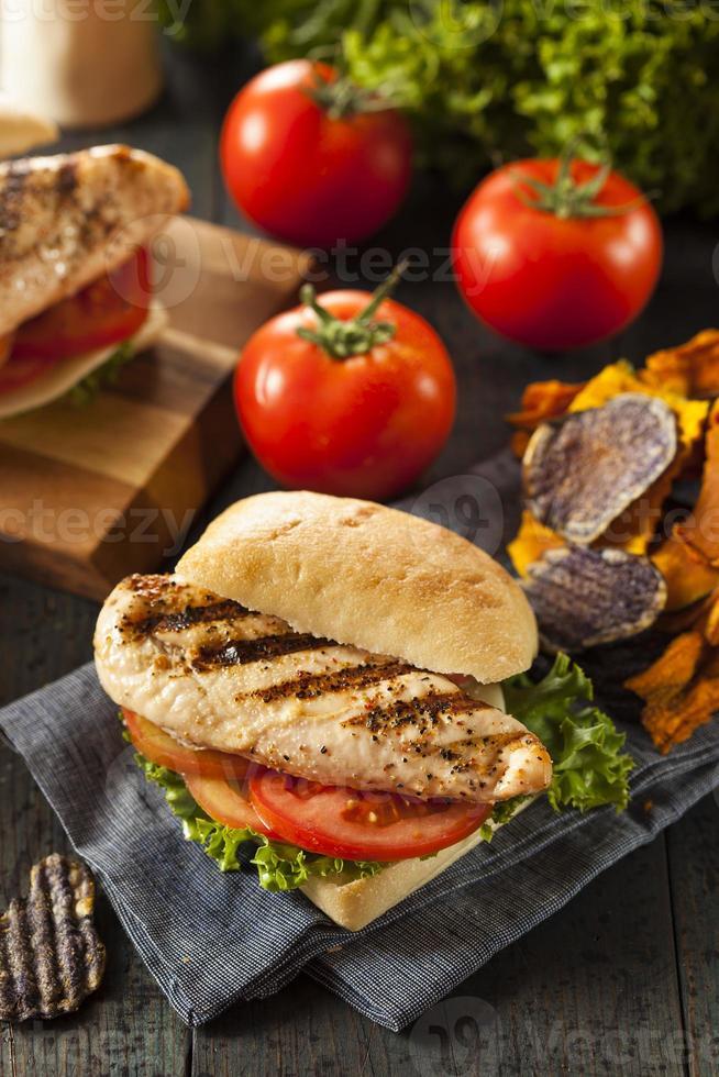 sandwich au poulet grillé sain photo