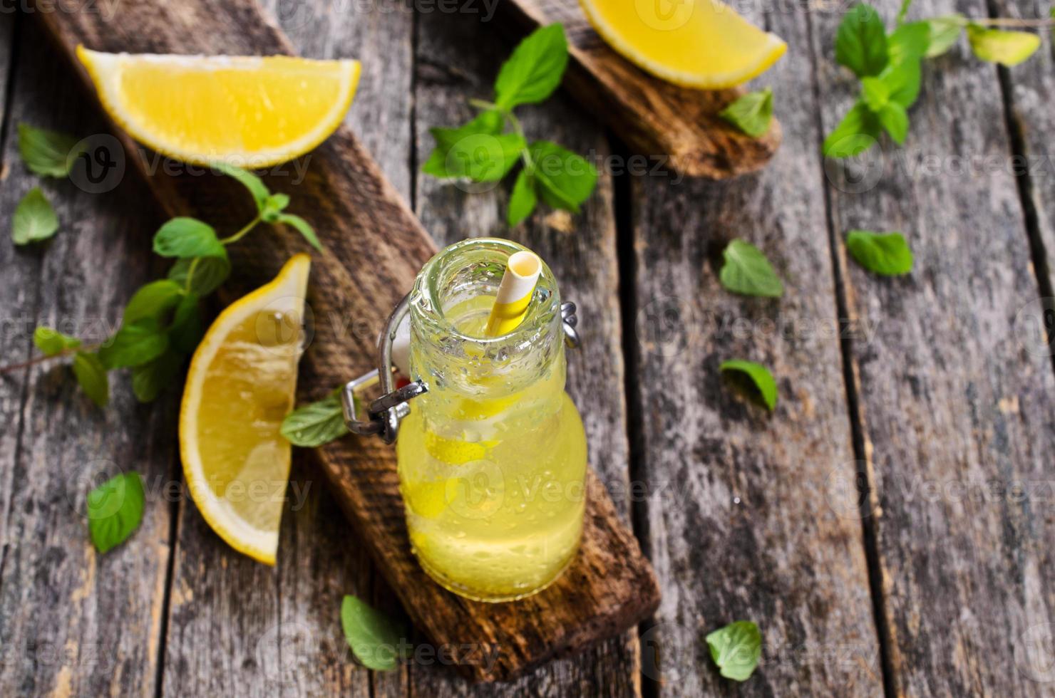 boire du citron photo