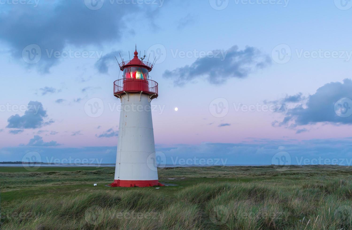 liste des phares ouest après le coucher du soleil photo