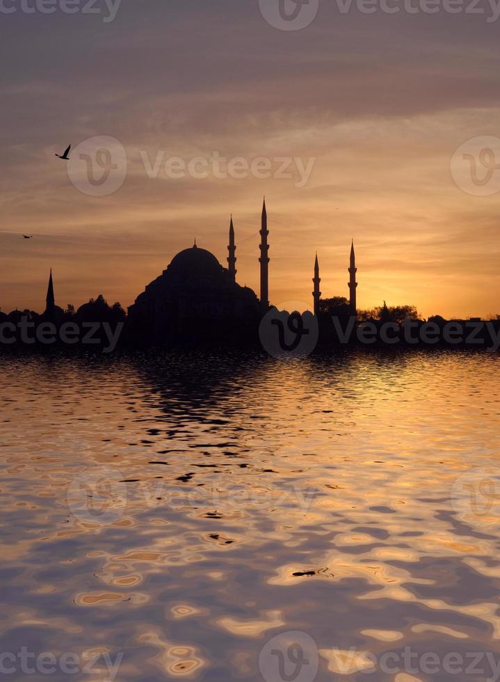 mosquée suleymaniye au coucher du soleil photo