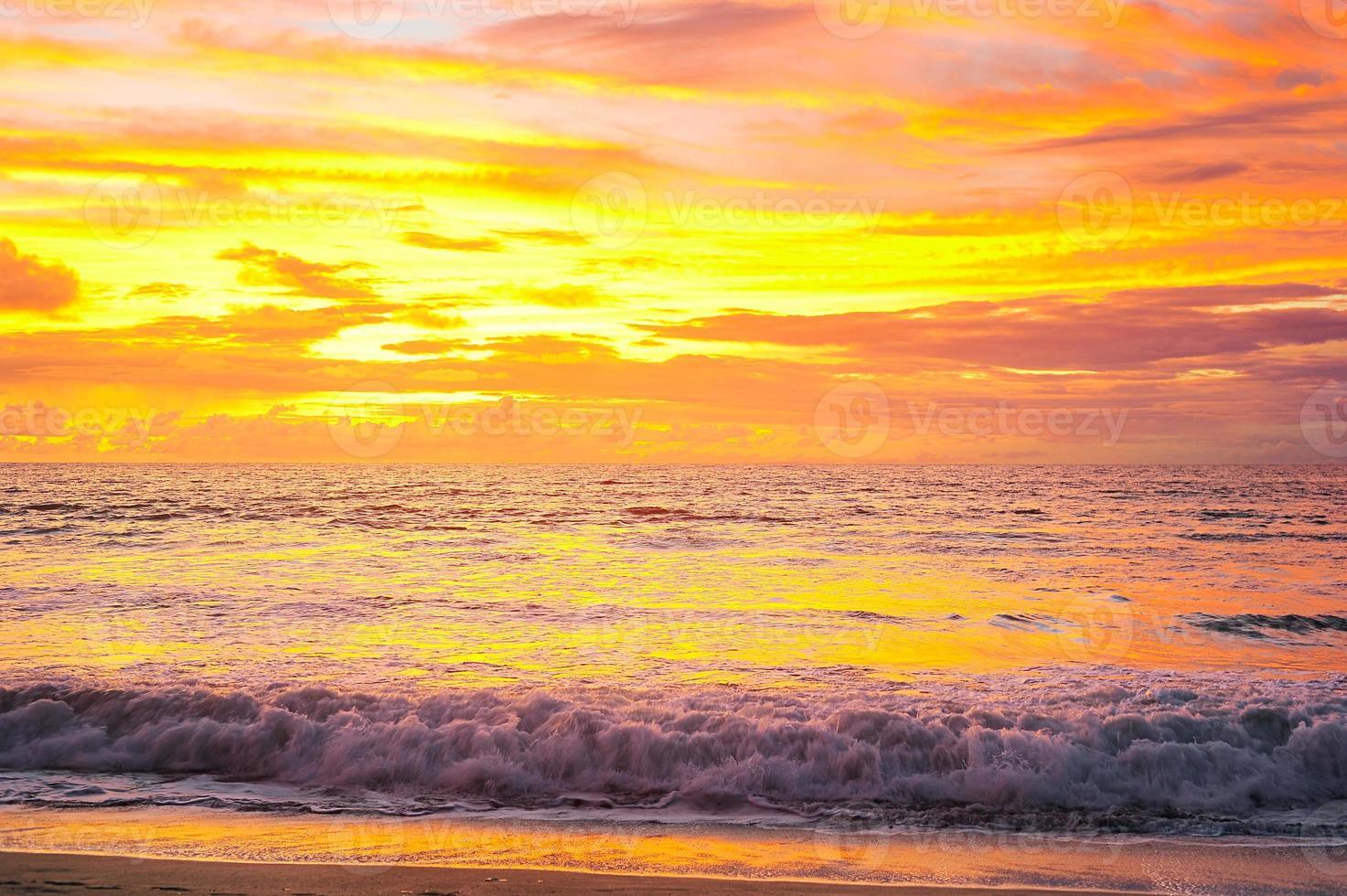 coucher de soleil sur bali photo