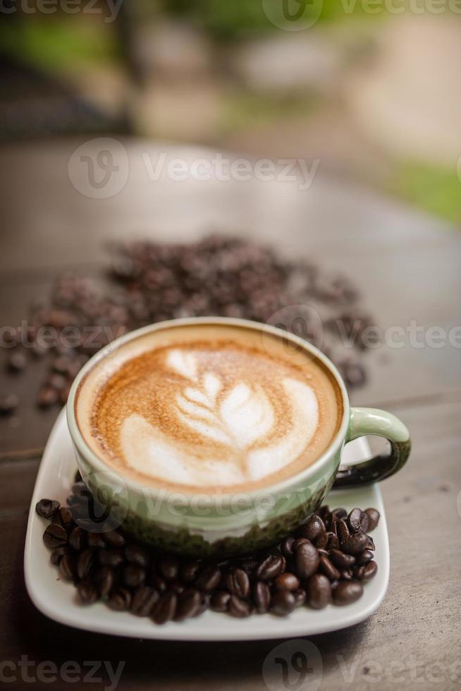 café latte art avec grain de café photo