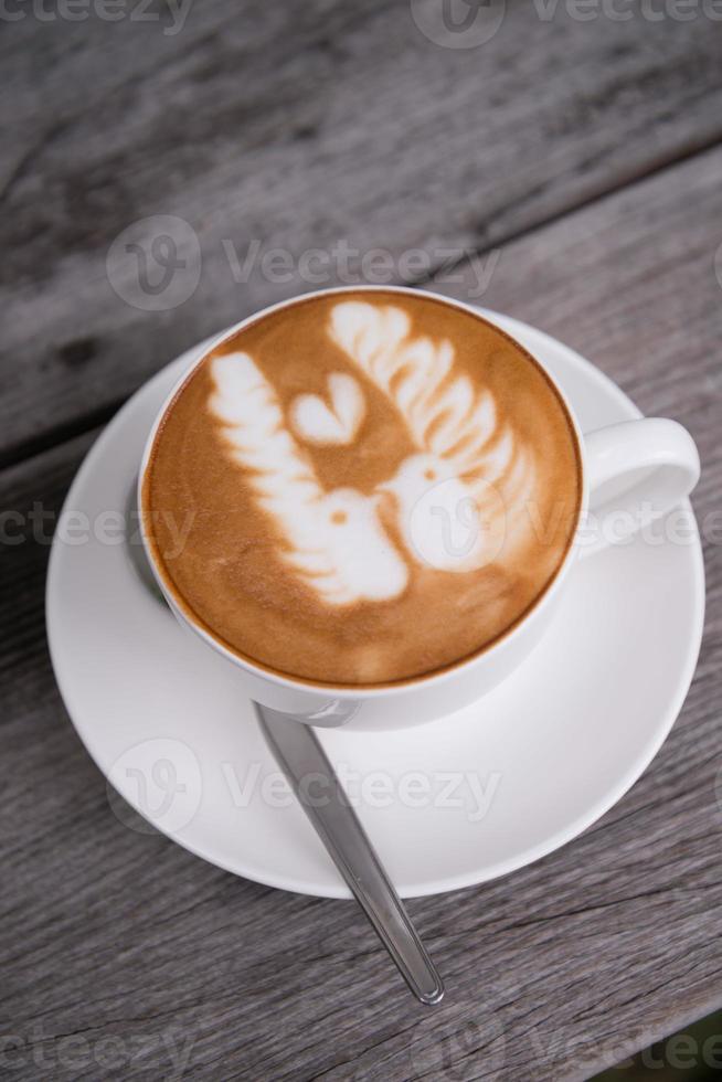 café latte art dans un café photo