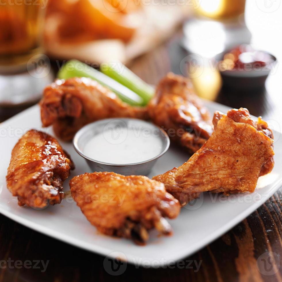 ailes de poulet chaud barbecue barbecue photo