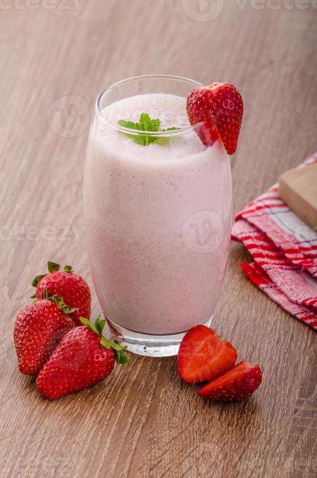 smoothie à la fraise photo