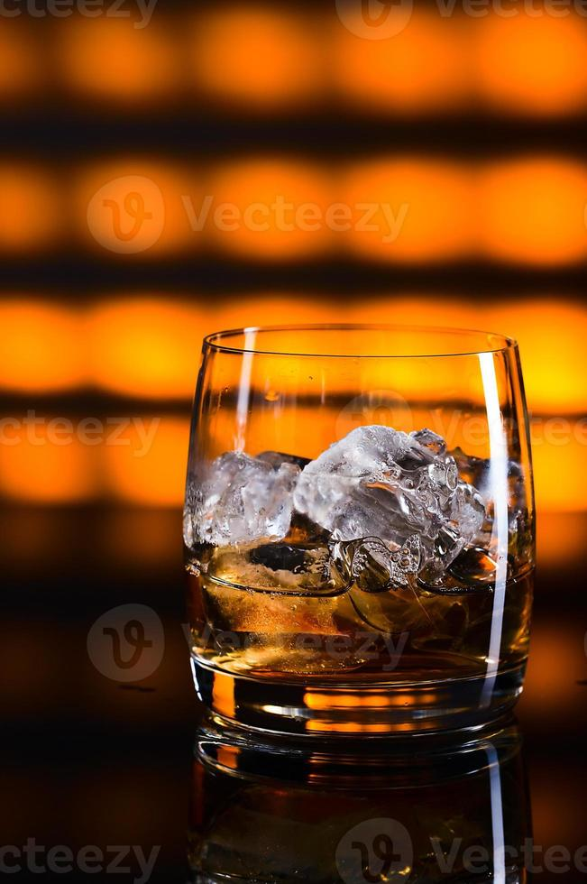 whisky et glace photo