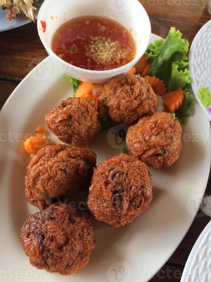 gâteaux de poisson frit cuisine thaïlandaise photo