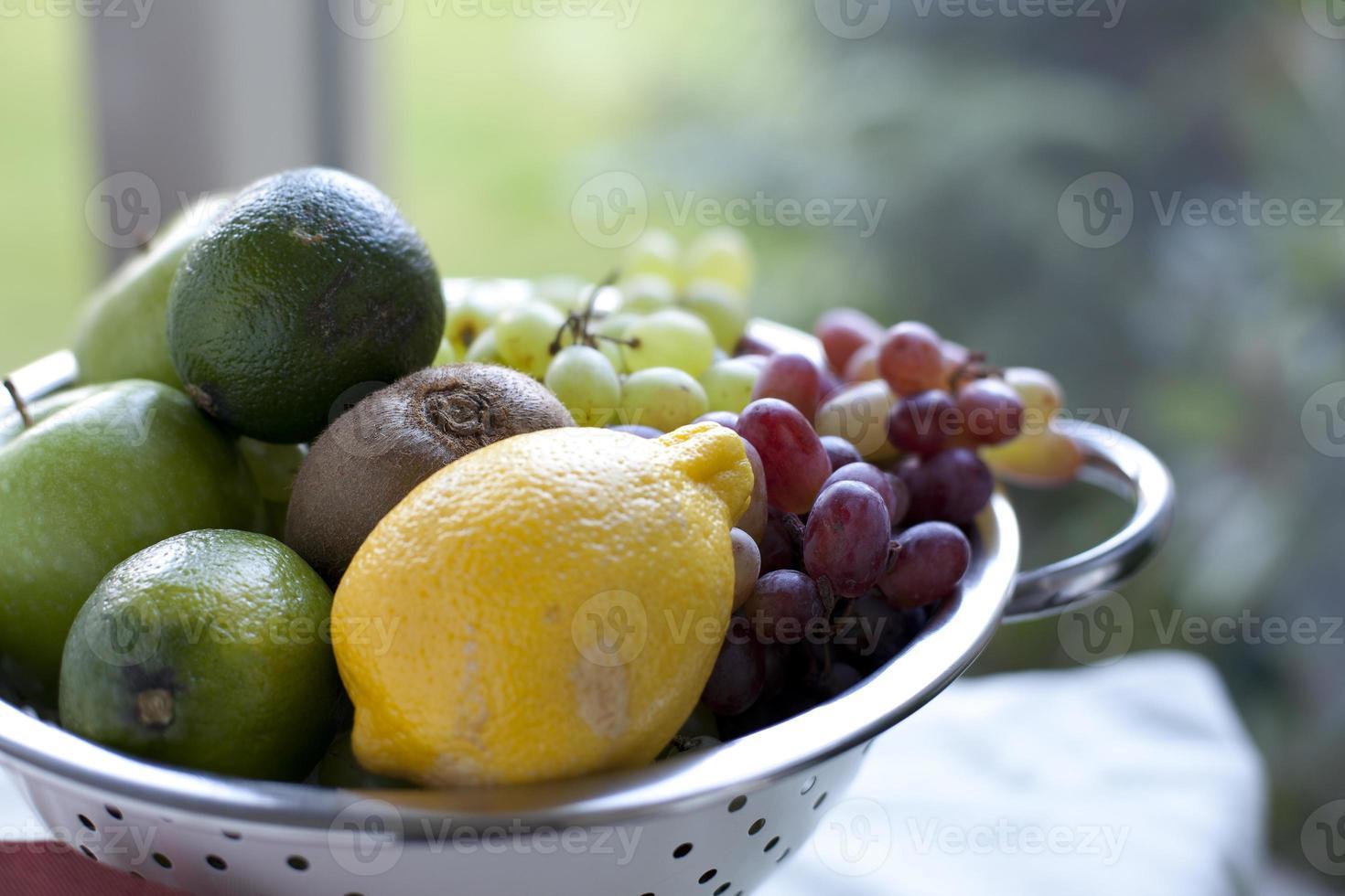 fruits mélangés photo