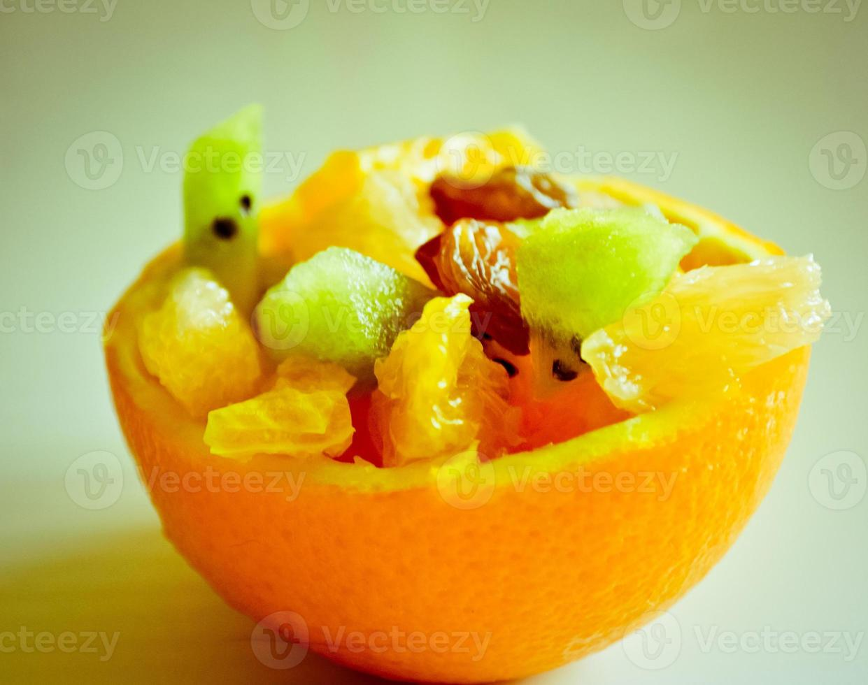 fruits à l'écorce d'orange photo