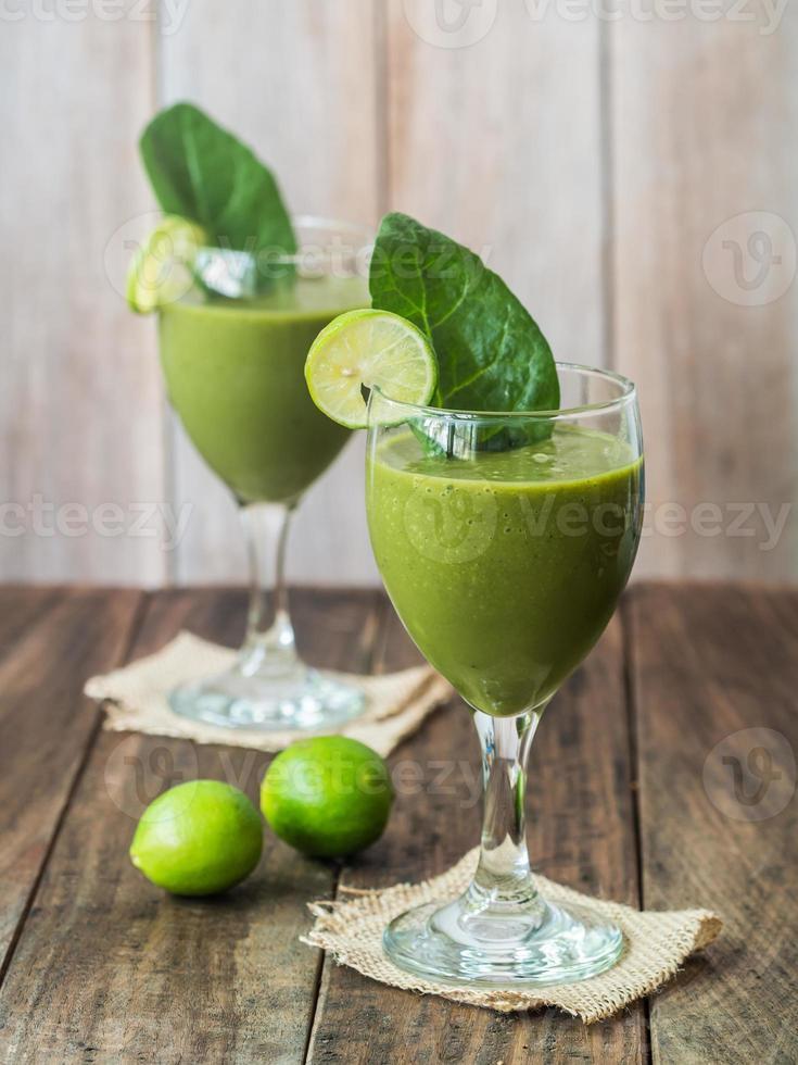 smoothie vert. photo