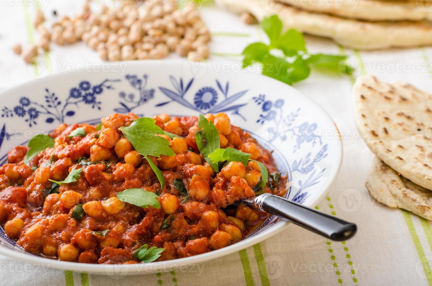 curry de pois chiches aux épinards photo