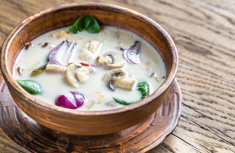 soupe à la crème de noix de coco thaï photo