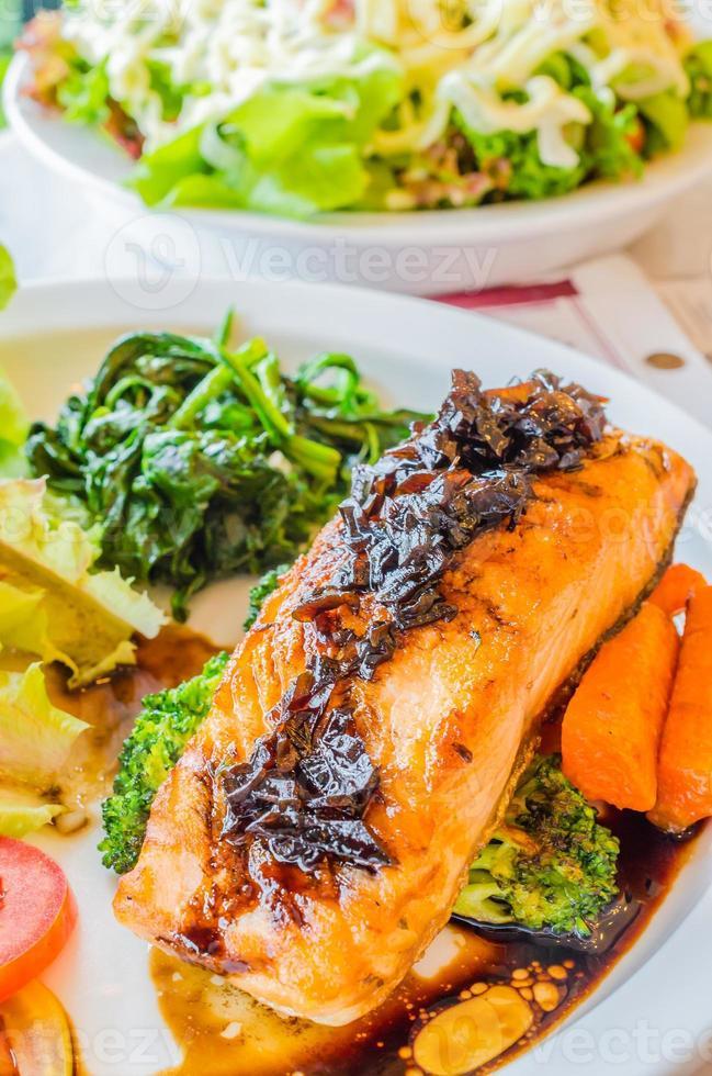 saumon à steak photo