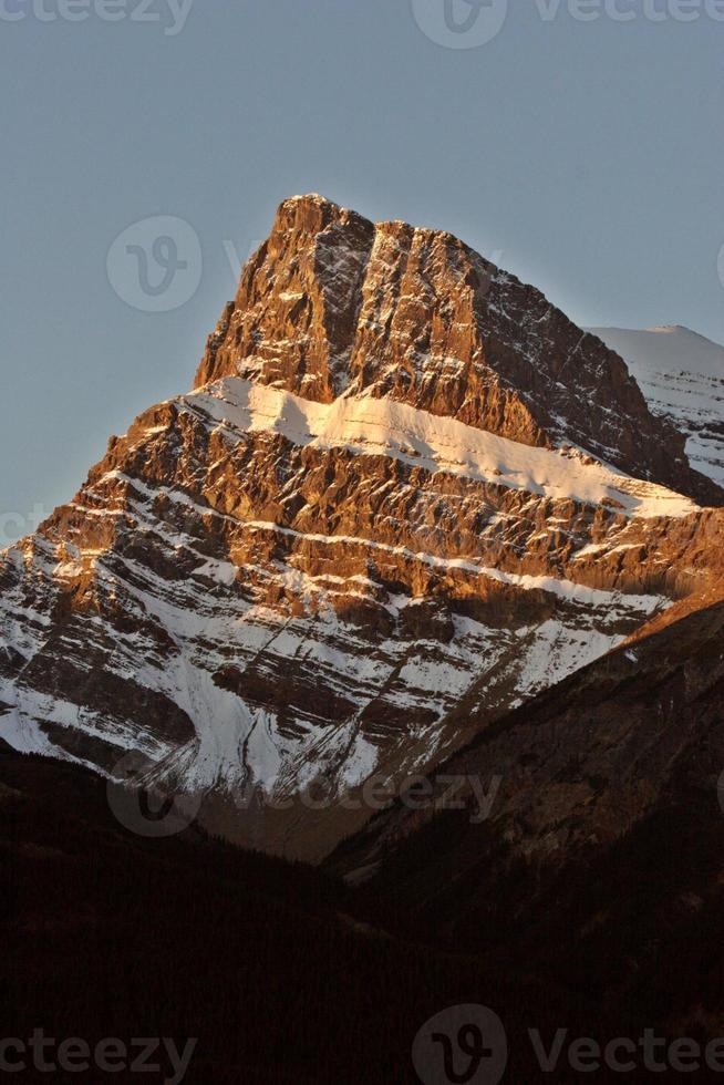 montagnes rocheuses à l'automne photo