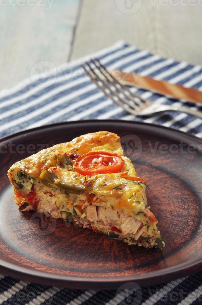 frittata aux légumes et au poulet photo