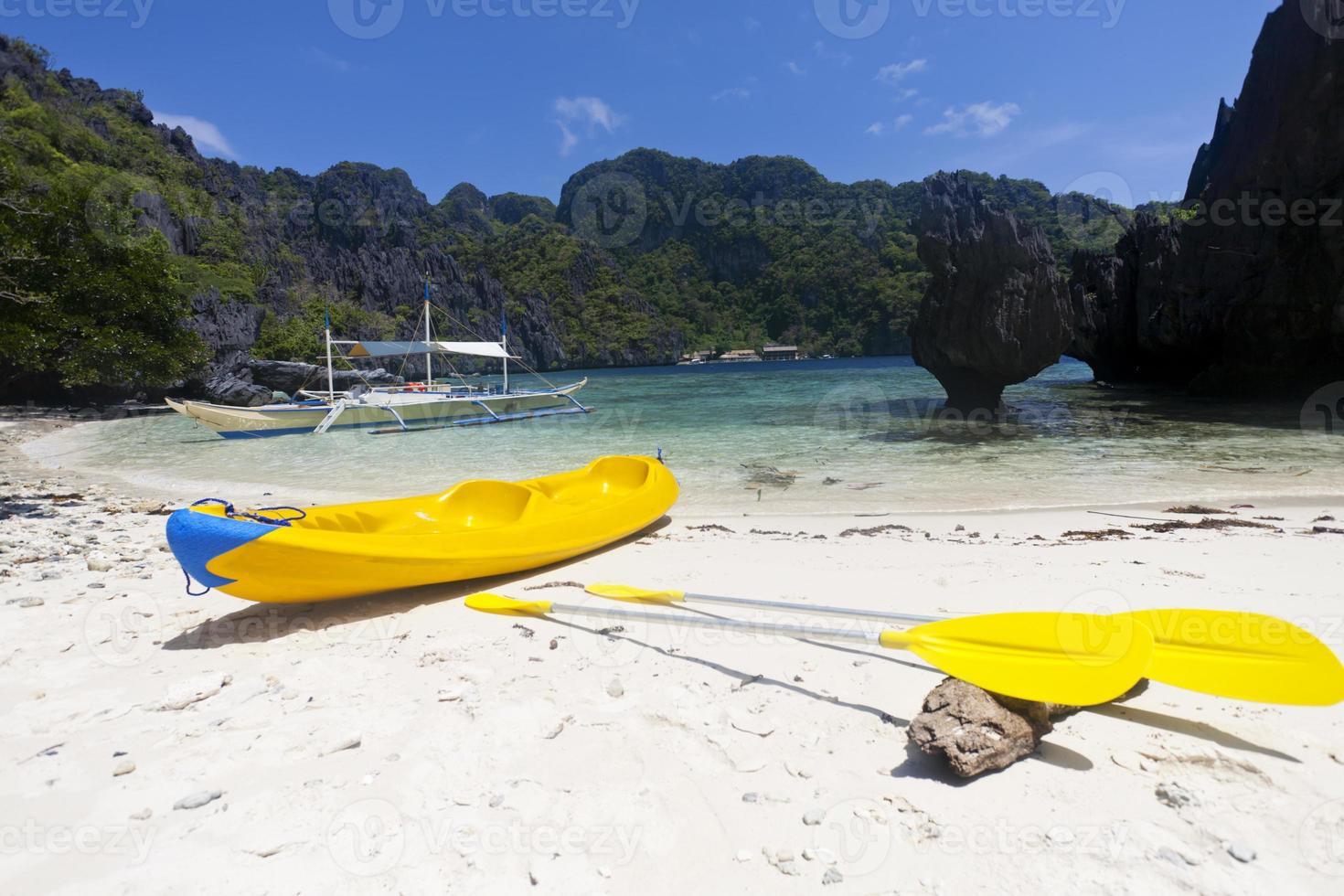 kayak sur la plage photo
