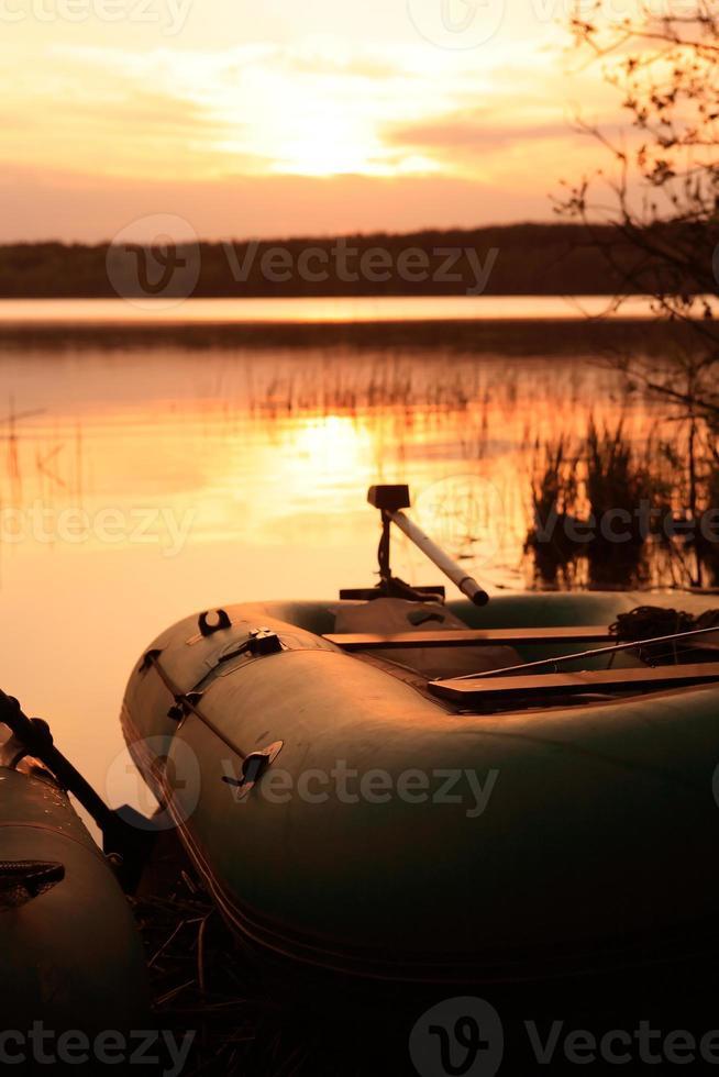 lac du soir photo