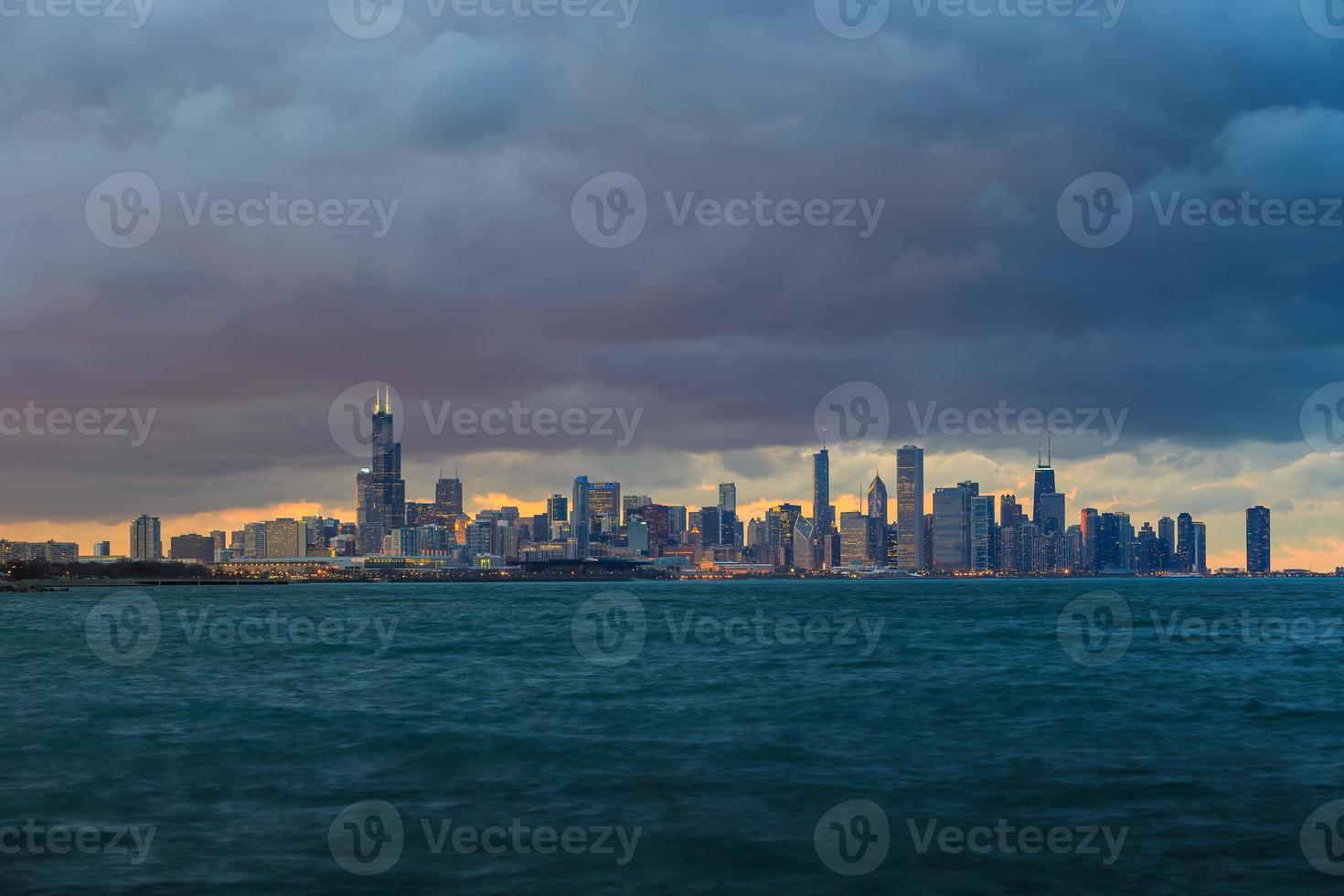 Skyline de Chicago au crépuscule photo
