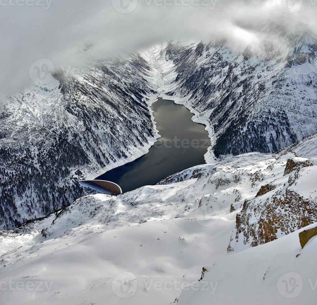domaine skiable zillertal - tirol, autriche. photo