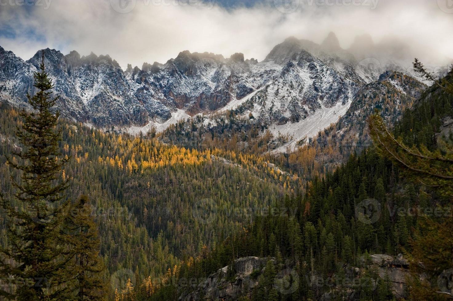 chaîne de montagnes de la cascade nord photo