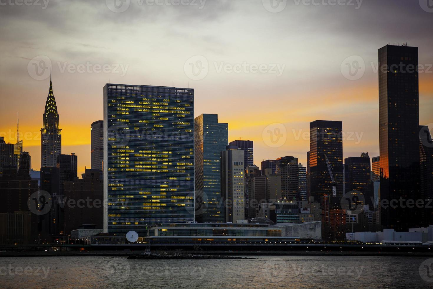 bâtiment des nations unies, new york city, usa photo
