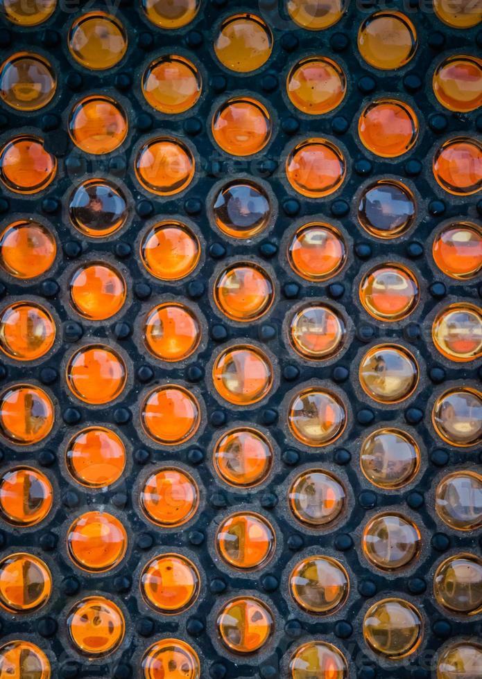 surface circulaire en verre et métal texturé photo