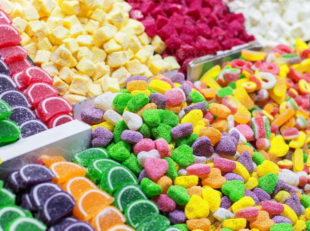 bonbons turcs plaisir coloré lokum dans le grand bazar photo