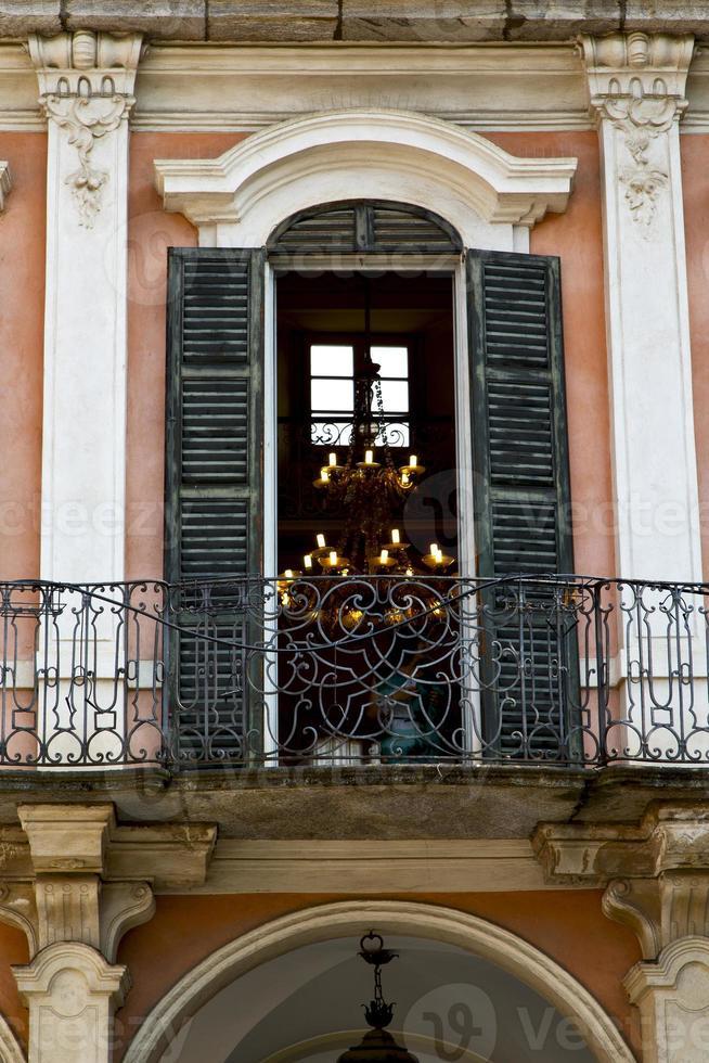 terrasse rouge europe italie lombardie dans le milano vieux l photo
