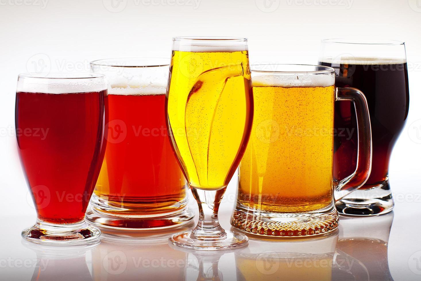 les cinq couleurs de la bière photo