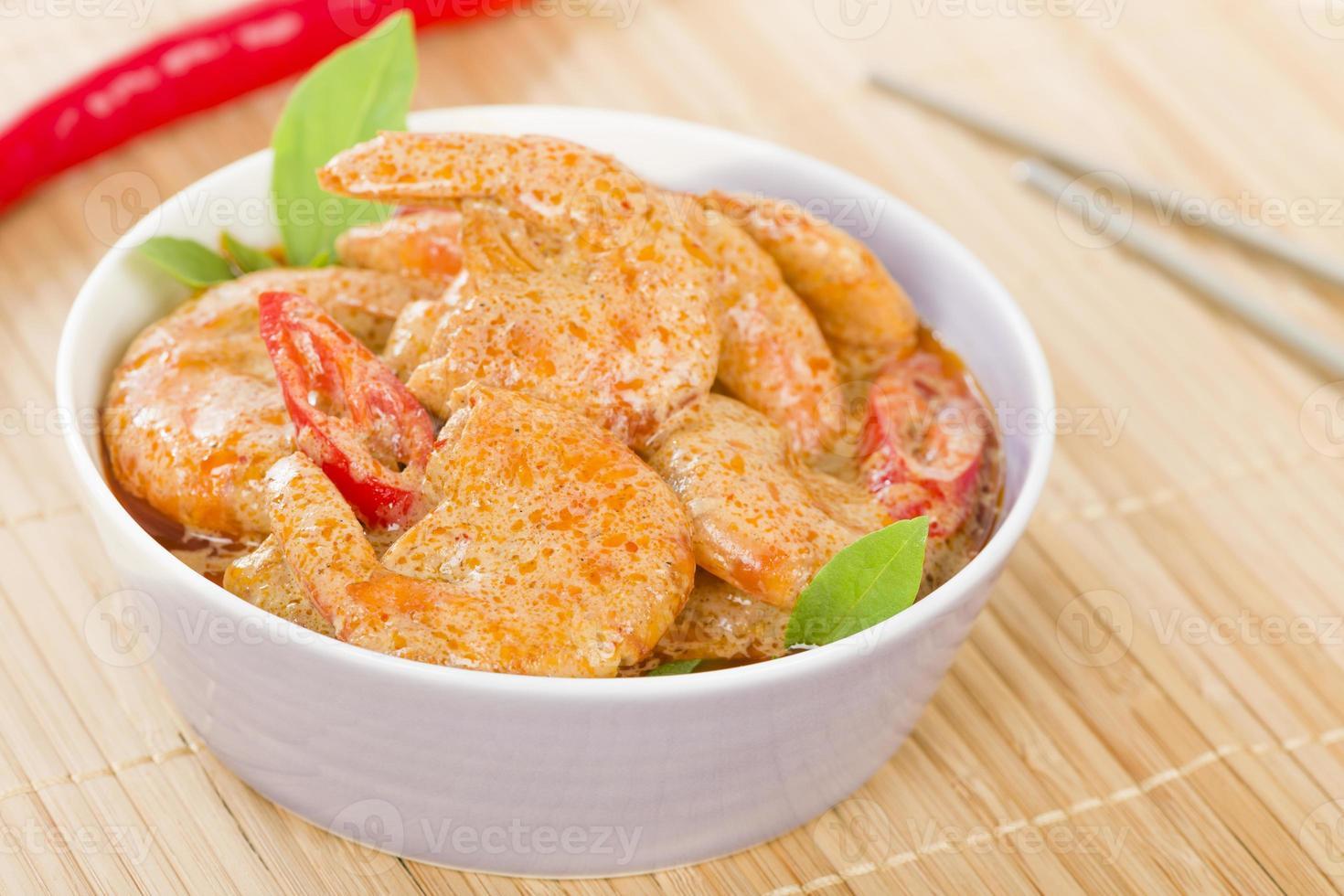curry de crevettes rouges thai photo