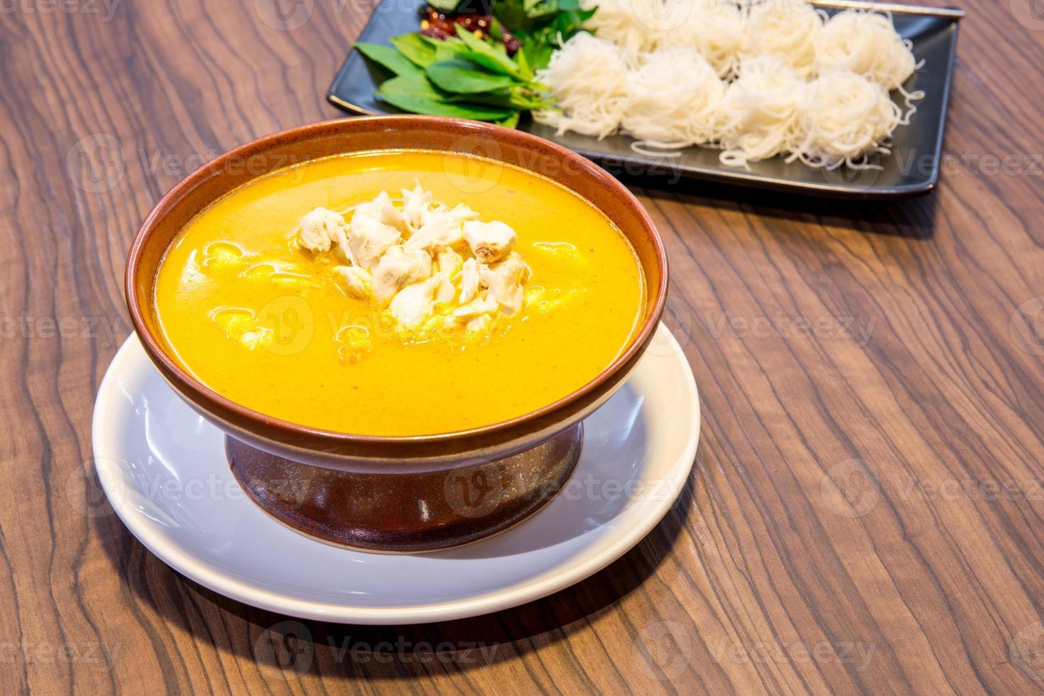 nouilles de crabe au curry photo