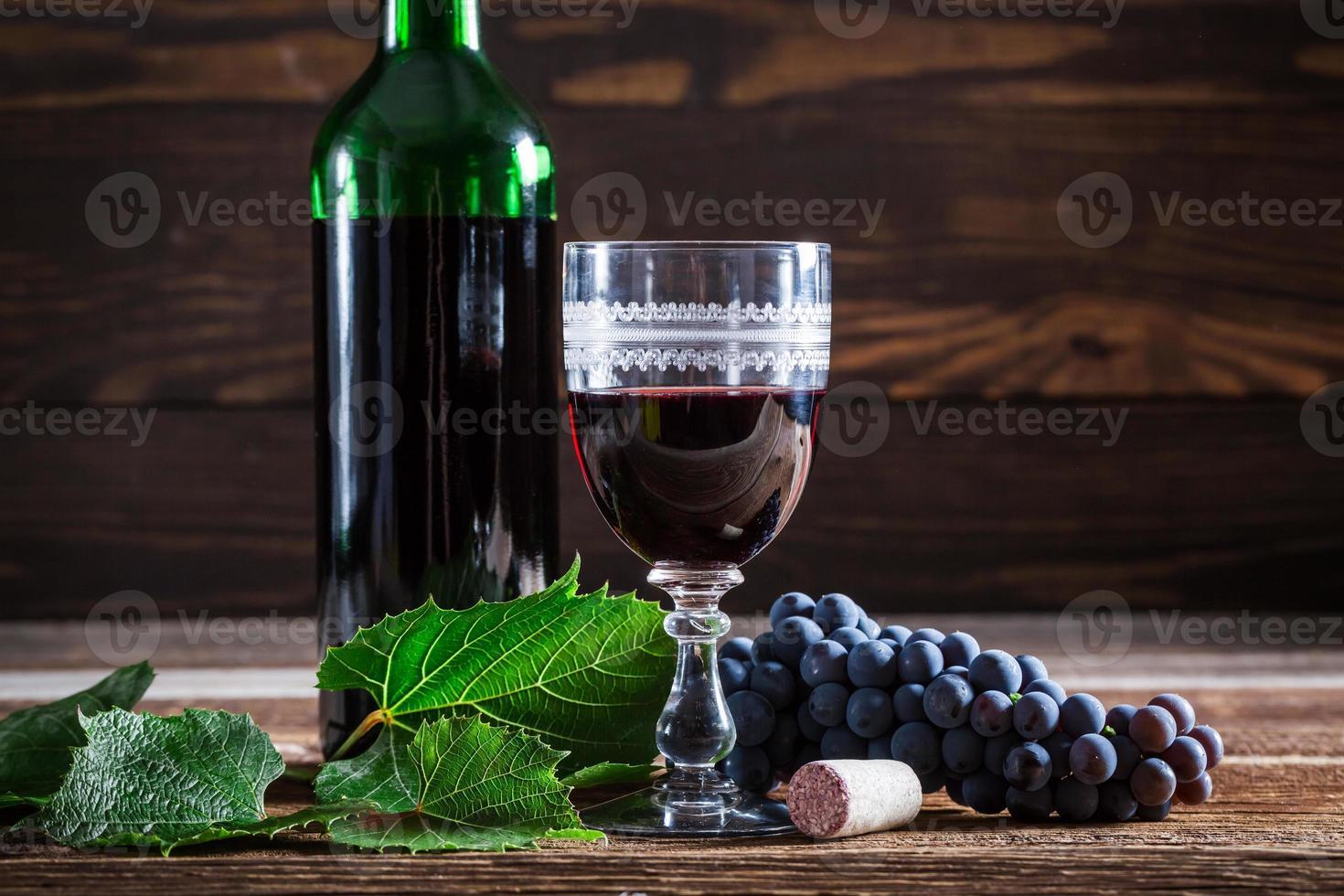 vin rouge frais photo