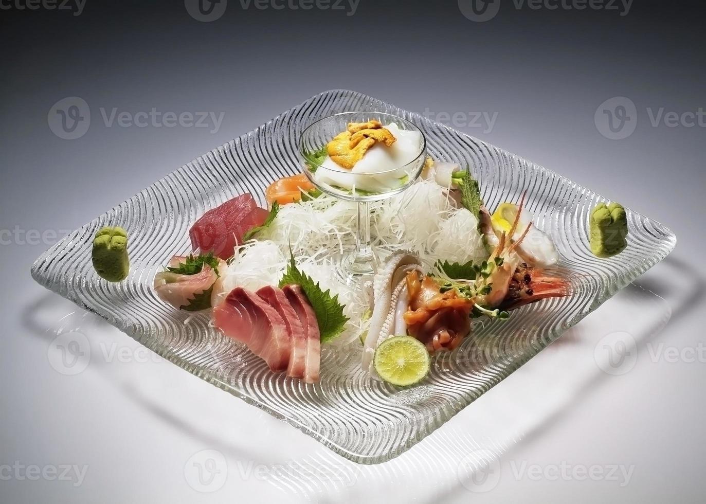 ensemble de sashimis variés photo