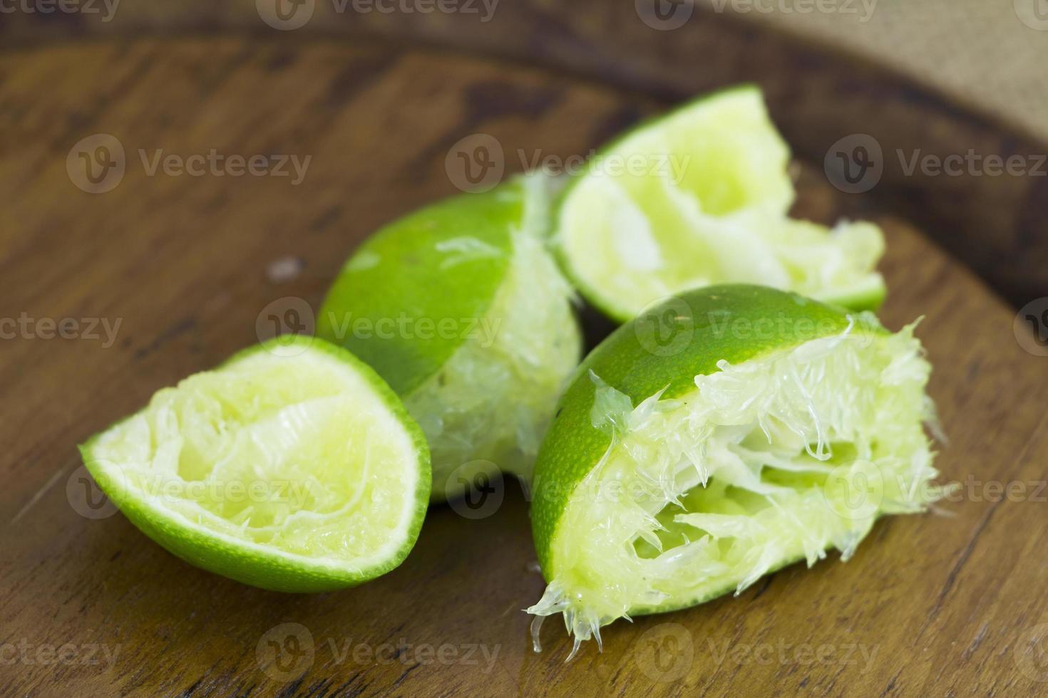 groupe de coupe de citron vert frais asie photo
