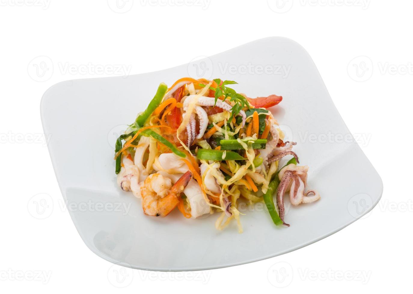 salade de fruits de mer asiatique photo