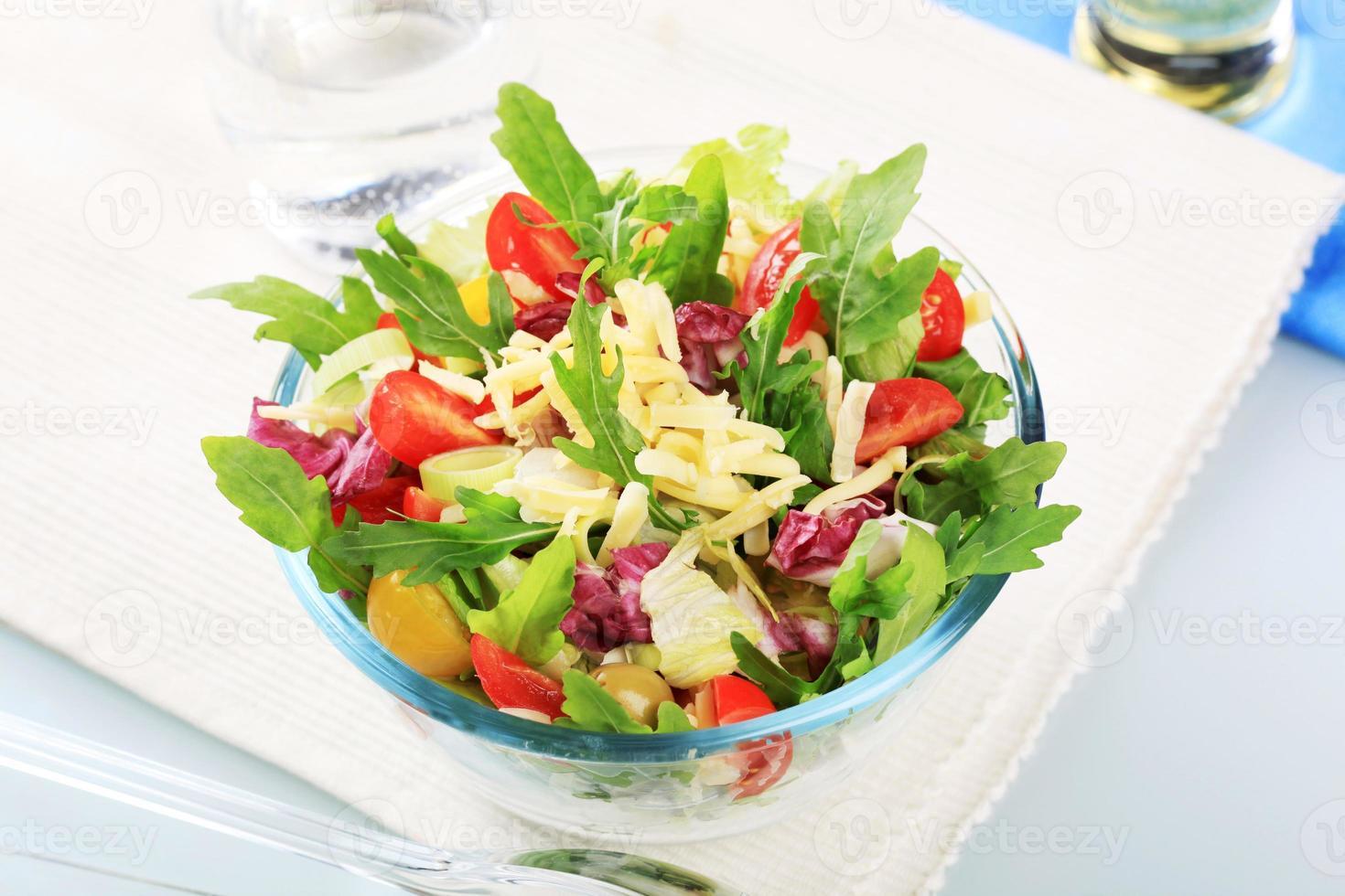 salade de légumes frais photo